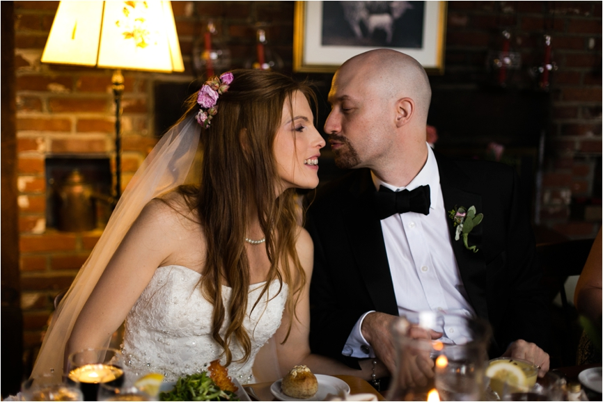 Intimate-Golden-Lamb-Buttery-Wedding-Jeff-Lundstrom-Photography_0004